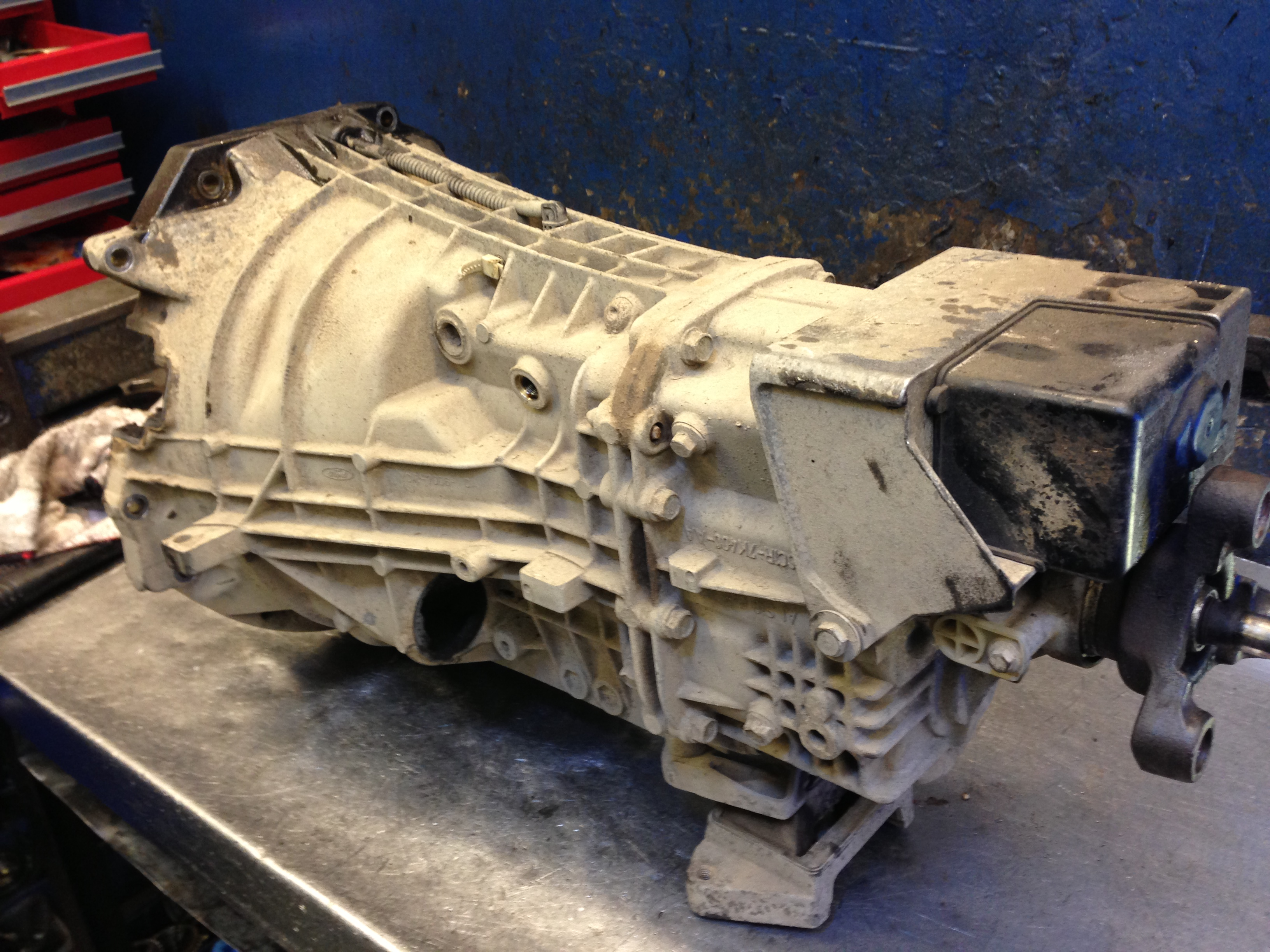 ford transit rwd 5 speed gearbox